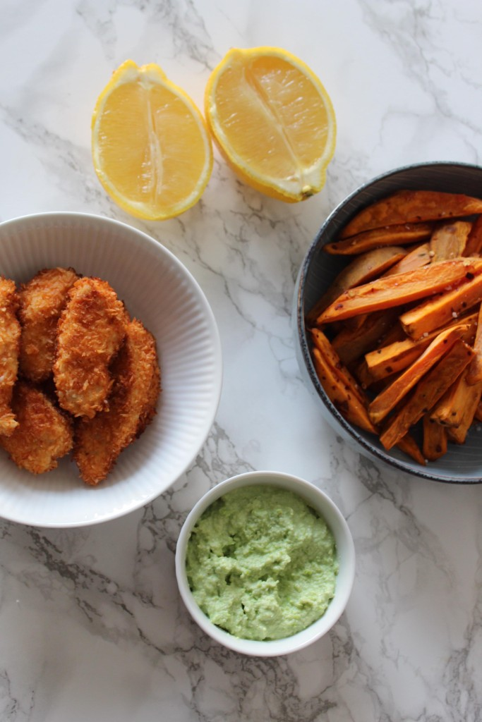 Kokoskylling med sweetpotato fries og edamamedip